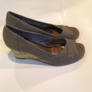 Life stride cork wedges